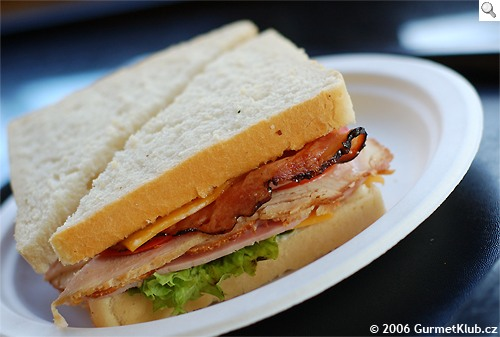 RECENZE: Culinaria - Gourmet Fastfood