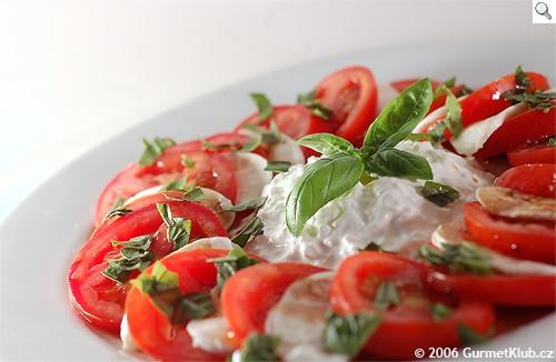 RECEPT: Delikatesní salát Caprese
